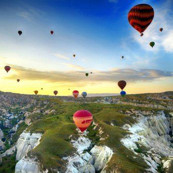 montgolfieres-montagnes